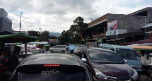 Kemacetan di pasar 23 Maret Kotamobagu